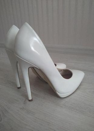 d6f4c494a Белые свадебные туфли лодочки, цена - 300 грн, #24034622, купить по ...