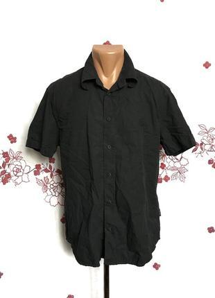 Оригинальная черная рубашка с вышитой горгоной медузой