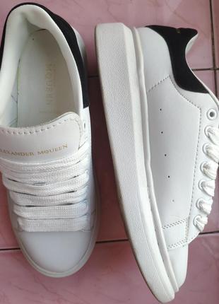 Шкіряні кросівки2 фото