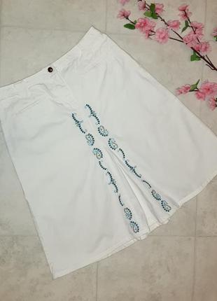 1+1=3 фирменная белая джинсовая юбка с вышивкой, размер 48 - 50