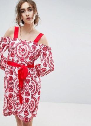 Платье с вышивкой asos xs/s2 фото