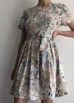 Легкое нежное летнее платье
