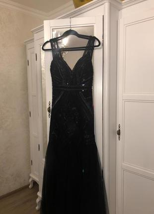 Чёрное вечерние платья