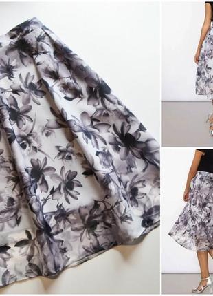 Нежная летняя юбка миди в цветы расклешенная