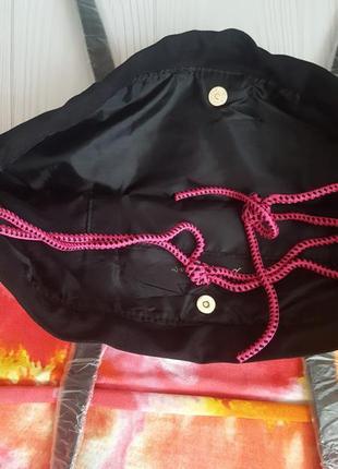 Пляжная  вместительная  и очень яркая сумка  victoria's secret.4 фото