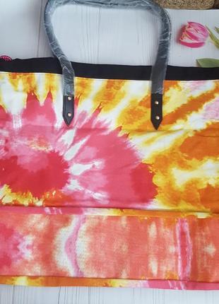 Пляжная  вместительная  и очень яркая сумка  victoria's secret.5 фото