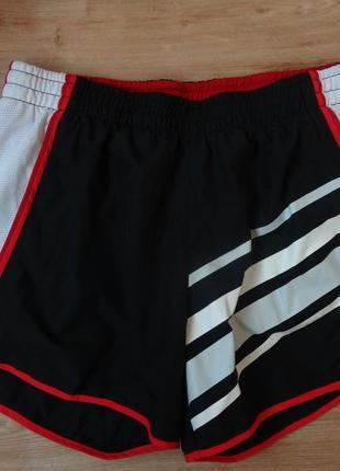 Снизила цену спортивные шорты nike dri- fit