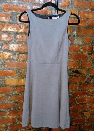 Летнее офисное платье трапеция а-силуэта h&m