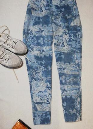 Брюки джинсы рисунок высокая посадка