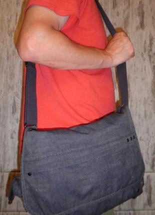 Качественная сумка кроссбоди для студента kipling trivor надёжная и качественная2 фото