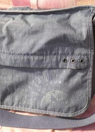 Качественная сумка кроссбоди для студента kipling trivor надёжная и качественная