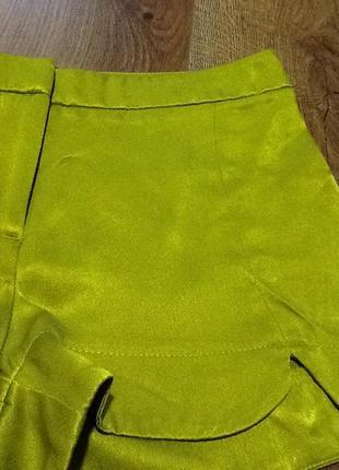 Шелковые шорты topshop petite цвета лайма2 фото