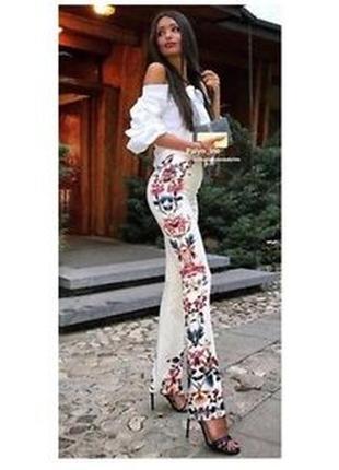 Расклешенные брюки nwt zara с цветочным принтом