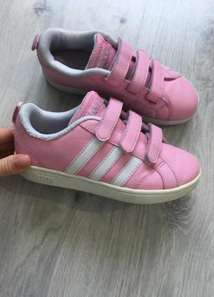 Кроссовки adidas neo оригинал 31р