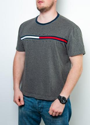 Оригиналная винтажная футболка tommy hilfiger