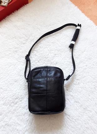Маленькая сумочка кросбоди! кожа