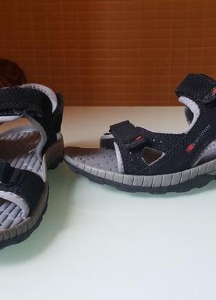 Детские фирменные сандали karrimor original