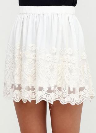Новая молочно-белая кружевная юбка pull&bear