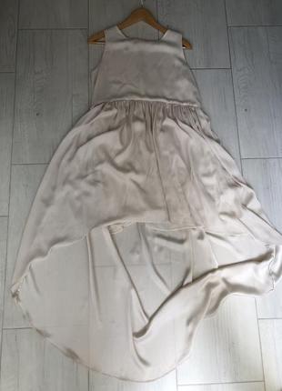 Красивое , кремовое платье mango