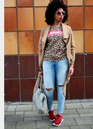 Трендовый свитшот в леопардовый принт с надписью spoilt h&m divided10 фото