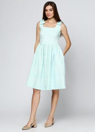 Летнее жаккардовое платье
