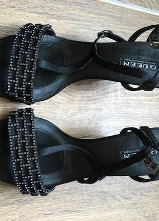 Босоножки на каблуке queen 36