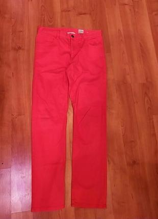 Красные джинсы h&m