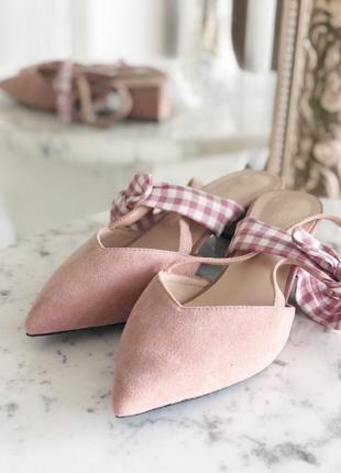 Новые замшевые розовые туфли босоножки с открытой пяткой