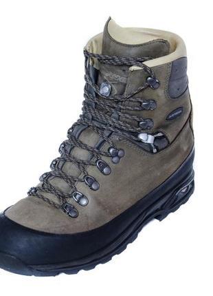 Кожаные ботинки lowa baffin pro. стелька 28, 5 см