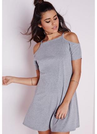 Базовое серое платье