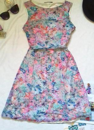Нежное платье от incity