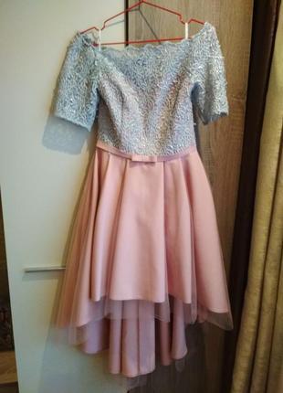 Шикарное нарядное платья на выпускной odis