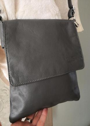 Мега стильная красивая сумка-планшет vera pelle3 фото