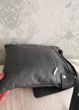 Мега стильная красивая сумка-планшет vera pelle4 фото