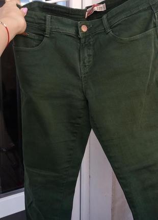 Зеленые джинсы zara