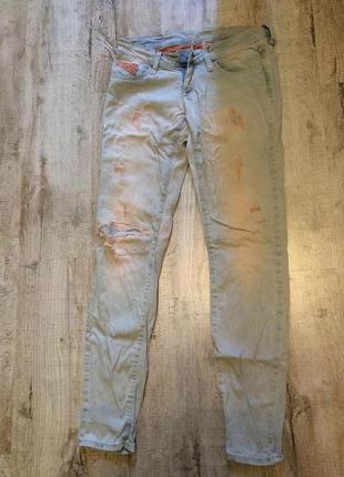 Удобные и очень легкие джинсы colin's
