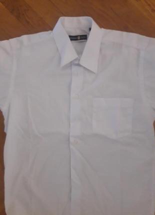 Котоновая новая рубашка на мальчика 34рр