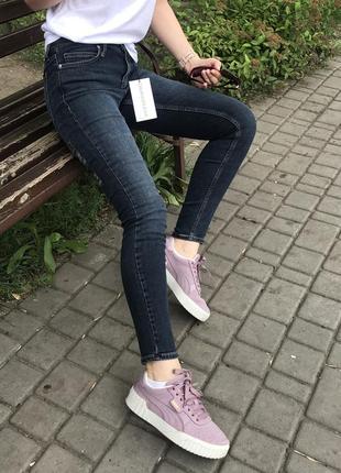 Оригинальные джинсы1 фото