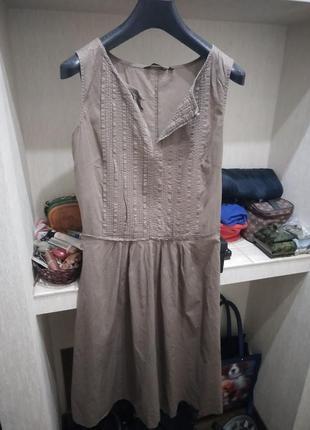Невесомое тонкое платье из хлопка , отрезное по талии