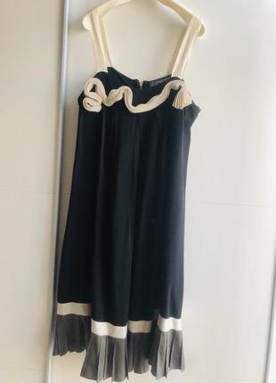 Стильное платье 16 р