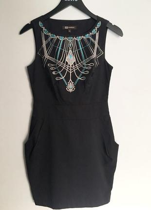 Супер красивое платье с вышивкой