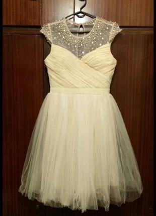 Фирменное платье на выпускной отличная цена