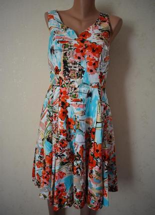 Новое красивое натуральное платье с принтом
