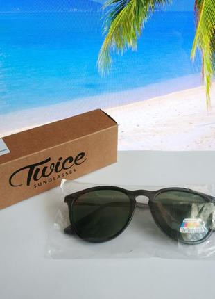 Солнцезащитные поляризационные  очки wayfarer бренда europe eyewear