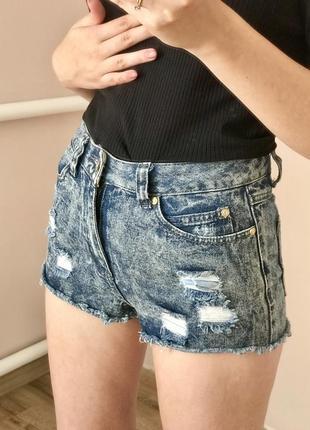 Модні джинсові шорти, шортики