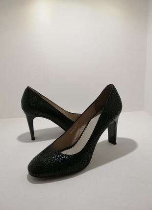 Туфлі-respect