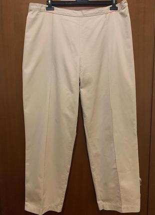 Бежевые коттоновые брюки большого размера1 фото