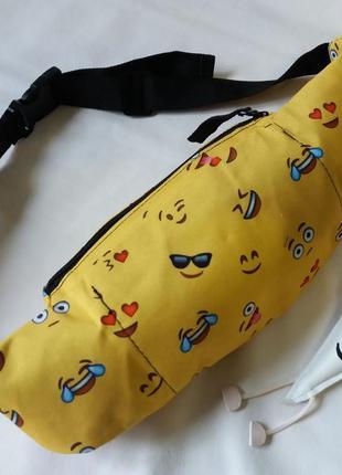 Позитивная бананка со смайликами4 фото