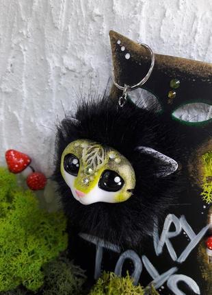 Милый брелок на сумку/рюкзак с волшебным зверьком2 фото