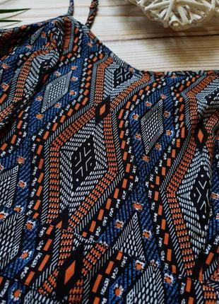 Лёгкий сарафан на бретелях в бохо стиле  с узорами6 фото